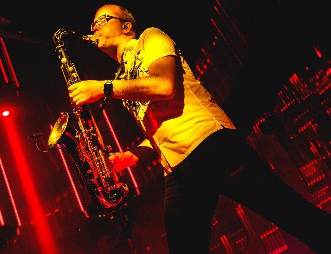 Sakso, saxofonist, DJ, live, act, sax, tomorrowland, hofnar